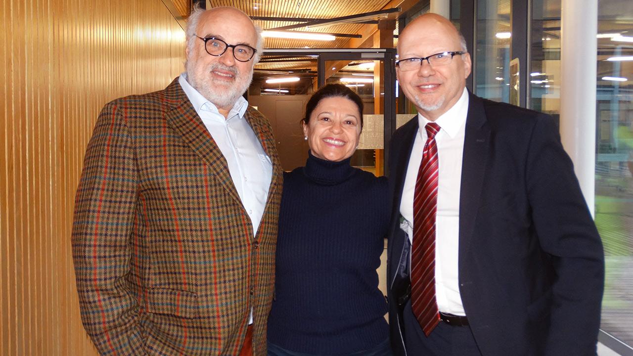 v.l.n.r. Dr. Viktor Weinrauch (Egomanum), Mag.rer.soc.oec.Dr.phil. Manuela Hargassner-Delpos, Bmask, Michael Kornhäusel (Business Doctors)